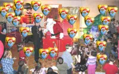 Nikolaus-Ballons-Weihnachtsparty